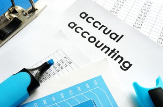 Accrual accounting for startup's cash flow